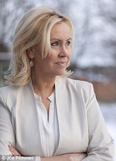 Agnetha from ABBA. No lapels on this white blazer, but look at the seam detail.