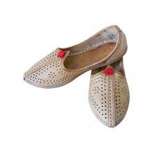 #Wonderful #Indian #Handmade #Traditional #Men #Mojari http://kalracreations.com/handicraft/rajasthani-mojaris/men/indian-handmade-traditional-men-mojari.html