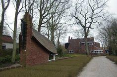 Tuinhuisje bij De Ark van architect J.F. Staal