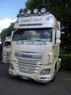 DAF Train Truck, Road Train, Show Trucks, Big Trucks, Road Transport, Heavy Truck, Toyota Tundra, Vintage Trucks, Caravans