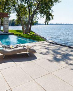 patio-poolside-paver-slab-cap-stone-contemporary