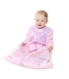 Unser Schlummersack Langarmschlafsack für Babies und Kleinkinder mit langen Ärmeln ist gefüttert und perfekt für die kalte Jahreszeit geeignet.