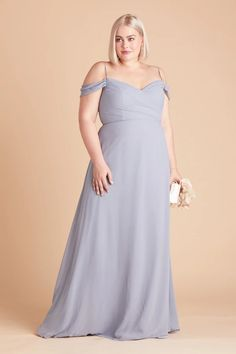 Introducing Birdy Grey's new plus size bridesmaid dresses, now available in size inclusive, true plus sizes ranging from - Discover floor length chiffon bridesmaid gowns in body positive cuts to flatter women of all shapes and sizes. Dusty Blue Bridesmaid Dresses, Affordable Bridesmaid Dresses, Bridesmaid Dresses Plus Size, Plus Size Dresses, Wedding Dresses, Wedding Dress With Pockets, Dress Pockets, Convertible Dress, Dress For You