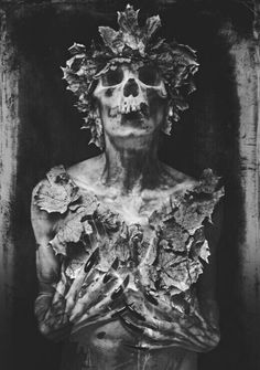 Gothic Art, Dark Gothic, Fine Art Photography, Macabre Photography, Dark Art Paintings, Creepy Paintings, Skeletons, Crazy Drawings, Art Drawings