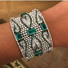Nirav Modi Emerald and Pearl Bracelet