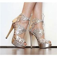 Love these.. SUPAFLY $ 76.59 Gorgeous White Flower Print Platform High Heel Sandals