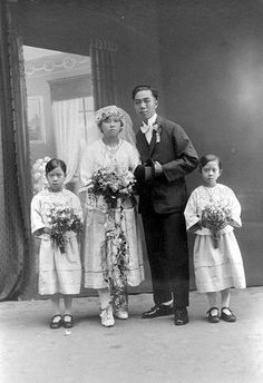 Chinese wedding couple in Singapore - 1920