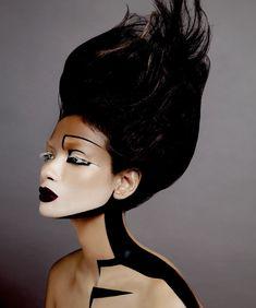 Photographer : Termsit Siriphanich Stylist : Hype Sompobb K. Makeup Artist : Balrama Chaiphattharathum / Sith Thanik HairStylist : Chai Surasen Model : Chanok Sayoungkul / Paulina / Desiree Asst. Photographer : Agamous White