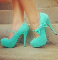 Sapato verde água