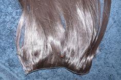 Pour toutes vos occasions, je vous propose la location d'extensions, pour un effet garantie de longueur et d'épaisseurs en un clin d'œil.Facile à mettre, pour une coiffure de tous les jours, de soirée ou de mariage, j'ai la solution.Extensions en cheveux naturels de longueur 46 cm. Cheveux européen, de très bonne qualité.Fixation à l'aide de clips, Kit divisé en 7 bandes. 1 grande, 5 moyennes et 2 petites.Vous pouvez choisir la couleur, couleur uni ou méchés. N'hésitez pas à me posé vos…