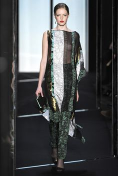 Diane von Furstenberg Fall 2011 Ready-to-Wear Fashion Show - Karmen Pedaru