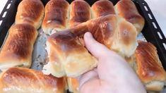 😋👌فطائر حلوة سهلة وسريعة في الفرن حاجة خفيفة للقهوة العصر Pretzel Bites, Bread, Food, Meal, Essen, Hoods, Breads, Meals, Sandwich Loaf