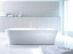 Duravit - Bathroom design series: PuraVida - washbasins, toilets, bidets, tubs, showers and bath furniture from Duravit. Duravit, Classic Baths, Dream Bath, Chic Bathrooms, Bathroom Furniture, Bathroom Ideas, Contemporary Bathrooms, Bath Design, White Bathroom