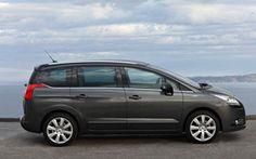 Peugeot 5008 Estate Car, from only £226.87 + vat per month