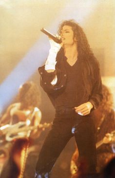 Our goal is to keep old friends, ex-classmates, neighbors and colleagues in touch. Michael Jackson Bad, Janet Jackson, Michael Jackson Dangerous, Michael Jackson Wallpaper, Photos Of Michael Jackson, Lisa Marie Presley, Paris Jackson, Elvis Presley, Mj Dangerous