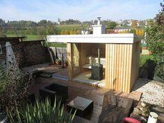 Sauna im Garten mit Herzbststimmung Outdoor Sauna, Outdoor Decor, Modern, Outdoor Furniture Sets, Home Decor, Dolphins, Infrared Heater, Projects, Homemade Home Decor