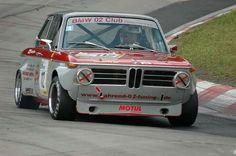 Bmw 2002, Bmw Vintage, Vintage Racing, Bavarian Motor Works, Automobile, Classic Race Cars, Bmw Alpina, Bmw S, Courses
