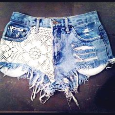 DIY distressed lace shorts