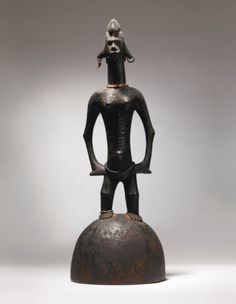 Sotheby's Senufo or Bamana Female Figure, Côte d'Ivoire 100,000 — 150,000 USD