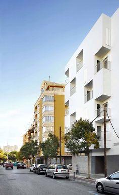 VIVIENDAS SOCIALES EN EL BARRIO DE PERE GARAU, Palma de Mallorca - Ripoll Tizón