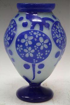 Charder : Le Verre Francais, Blue Cameo Vase