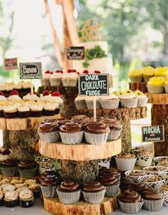 Instantly upgrade your wedding reception with a one unique food station, like these yummy cupcakes!