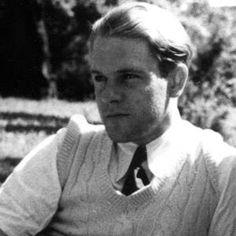 Lawrence Lawrence George Durrell (Jalandhar, India, 27 de febrero de 1912 – Sommières, Francia, 8 de noviembre de 1990) fue un escritor británico, hermano del también escritor y zoólogo Gerald Durrell.Durrell