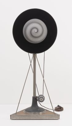 rotary plates marcel duchamp - Google Search Marcel Duchamp, Moma, Cubism, Conceptual Art, Photomontage, American Artists, Rotary, Online Art, Art History
