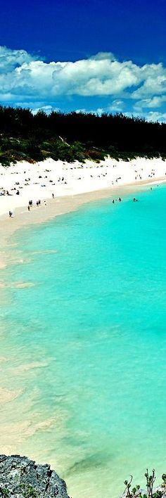 5.Pink Sand Beach Bermudy The first person known to have reached Bermuda was the Spanish sea captain Juan de Bermúdez in 1503, after whom the islands are named. He claimed the islands for the Spanish Empire. Bermúdez never landed on the islands, but made two visits to the archipelago, of which he created a recognisable …