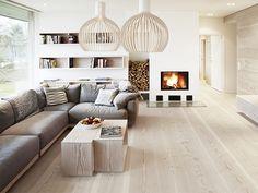 dark wood laminate flooring light wood floors with dark wood furniture Living Room Scandinavian, Scandinavian Interior Design, Interior Modern, Scandinavian Style, Natural Interior, Interior Designing, Interior Doors, Interior Ideas, Fancy Living Rooms