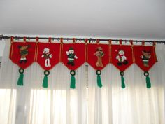 Christmas Mom, Christmas Sewing, Christmas Fabric, Christmas Projects, Felt Crafts, Christmas Crafts, Christmas Ornaments, Christmas Valances, Felt Christmas Decorations