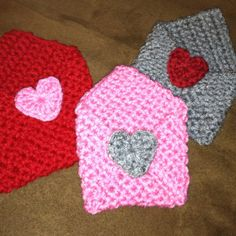 Valentines crochet envelopes! Made one for each kiddo to drop love notes and treats in for them!   http://www.crochetspot.com/free-crochet-pattern-envelope/