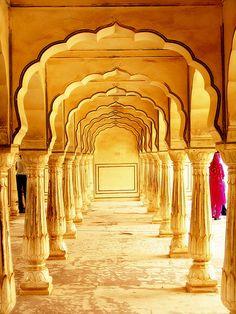 Inside Amer Fort, Jaipur, India. Photo by Saad Akhtar.