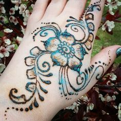 Most Elegant And Adorable Bridal Mehndi Designs Full Hands 2019 Bridal Henna Designs, Henna Tattoo Designs, Mehandi Designs, Stylish Mehndi Designs, Latest Mehndi Designs, Henna Mehndi, Henna Art, Mehendi, Glitter Henna
