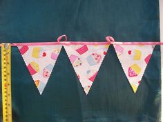 7 meters  cupcake bunting  cake stall bunting /  tea party / hand made bunting