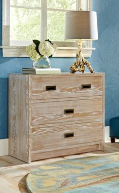 Maximize every inch of space with our Vincent Chest-without sacrificing style. Our philosophy is that even the most functional pieces should have memorable design.