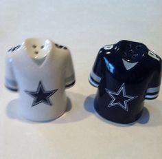 Dallas Cowboys Salt & Pepper Shakers NFL Pro Football Logo Licensed Jersey NEW