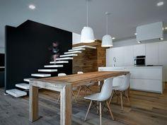 Stairway to Heaven: A Futuristic Italian Home by Alfredo Vanotti