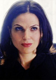 Lana Parrilla.  Regina Mills ouat