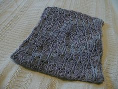 1 skein, 2 stitches, 3 hours!  Catesby Three Hour Cowl  Free pattern on Ravelry!