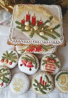 The Best Decorated Christmas Cookies - Celebrate and Inspire Christmas Sugar Cookies, Christmas Gingerbread, Noel Christmas, Christmas Goodies, Holiday Cookies, Christmas Treats, Christmas Baking, Gingerbread Cookies, Christmas Parties