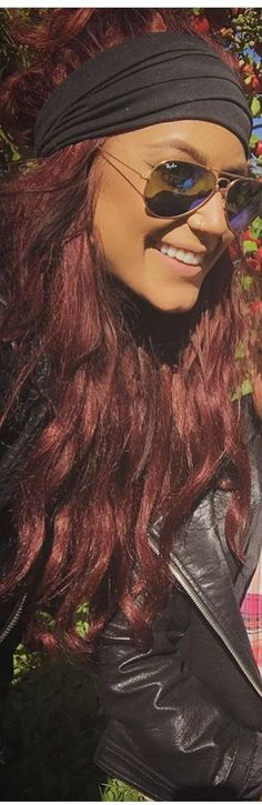 New Hair Short Color Burgundy Ideas Burgendy Hair, Chelsea Houska Hair, Dark Red Hair, Brown Hair, Hair Game, Trendy Hairstyles, Wedding Hairstyles, Balayage Hair, New Hair