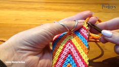 Tapestry Crochet Patterns, Weaving Patterns, Crochet Stitches, Knit Crochet, Crochet Backpack, Tapestry Bag, Crochet Handbags, Crochet Videos, Knitted Bags