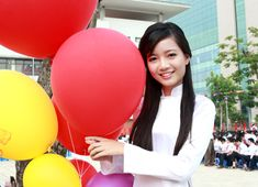 Ao Dai, Beautiful Asian Girls, Gym Equipment, Balloons, Exercise, Ejercicio, Globes, Balloon