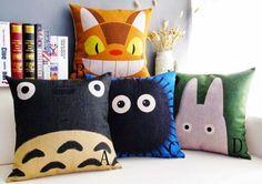 TotoroThrowCushions.jpg (628×444)