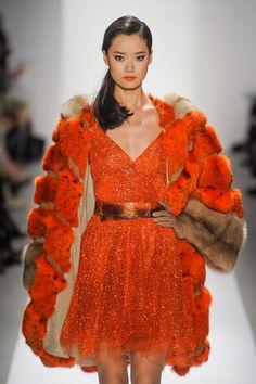 Dennis Basso at New York Fashion Week Fall 2012 - Runway Photos Fur Fashion, Runway Fashion, Bordeaux, Dennis Basso, Fabulous Furs, Color Naranja, Orange Fashion, Orange Color, Orange Orange