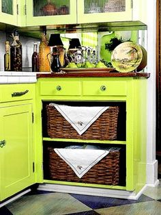More storage ideas. This would be great for bottles and Tupperware