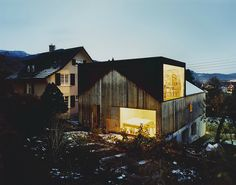 Degelo Architekten - Studio House (conversion of a former barn), Büsserach 2007 (previously) Photos (C) Simon Watson.