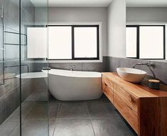 Inspiring techniques that we absolutely love! #greytilebathroom