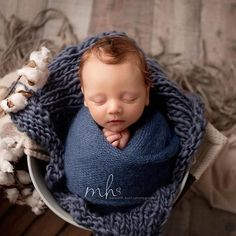 25 Awesome Newborn Photography Round Backdrop Stand Newborn Photography Outfits Newborn Home Wrap Newborn, Newborn Baby Photos, Newborn Posing, Baby Boy Photos, Newborn Photo Props, Newborn Pictures, Baby Boy Newborn, Newborn Session, Baby Birth